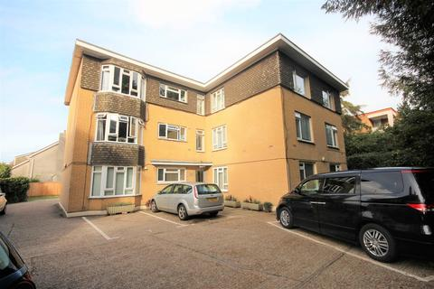 2 bedroom flat for sale - Richmond Park Road, Bournemouth