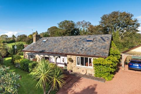 3 bedroom detached house for sale - Marian, Trelawnyd