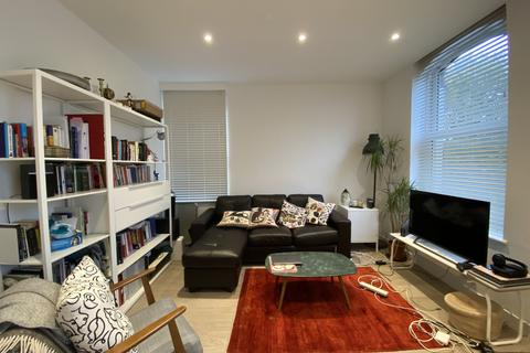 1 bedroom flat to rent - Archway Road, Highgate, London N6