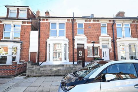 3 bedroom end of terrace house for sale - Langstone Road, Portsmouth, PO3