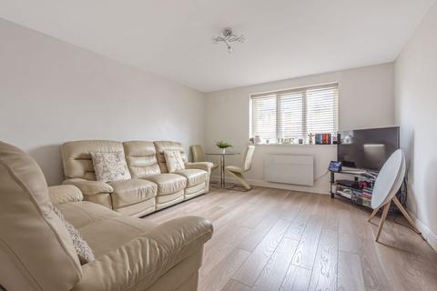 2 bedroom ground floor flat for sale - Stanley Close, New Eltham
