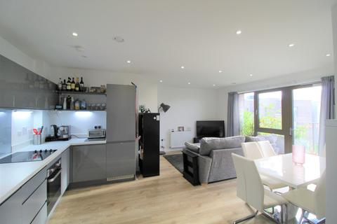 2 bedroom flat for sale - Purley Way, Croydon