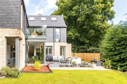 4 bedroom detached house to rent - The Gables, Ledcameroch Road, Bearsden, Glasgow, Lanarkshire
