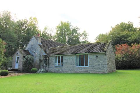4 bedroom detached house to rent - Brackley Hatch, Northampton, Brackley, NN13 5TX
