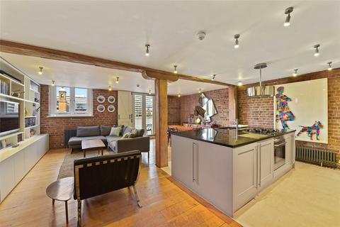 2 bedroom character property for sale - Winchester Wharf, 4 Clink Street, London, SE1