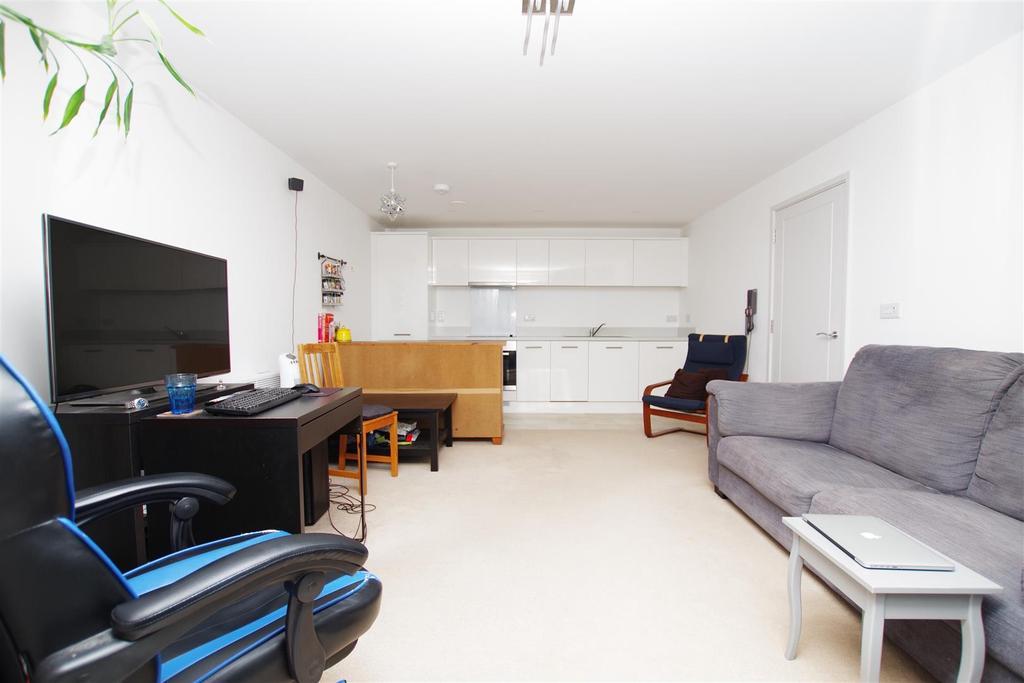 Lounge/Diner Area