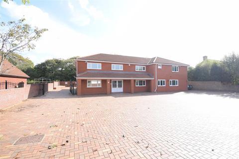 5 bedroom detached house for sale - Water Street,St Davids Park, Margam, Port Talbot