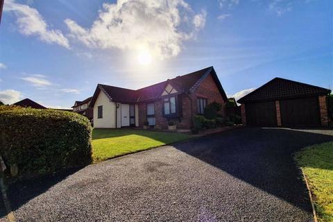 3 bedroom detached bungalow for sale - Heol Pentre Bach, Queensgate Village, Swansea