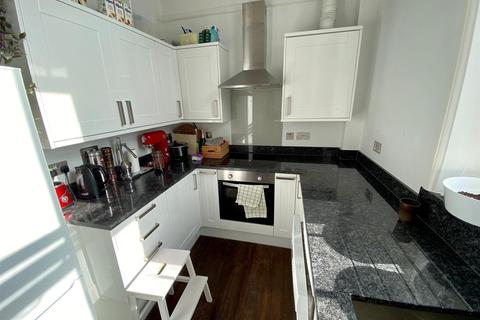 Studio to rent - Ship Street, Brighton