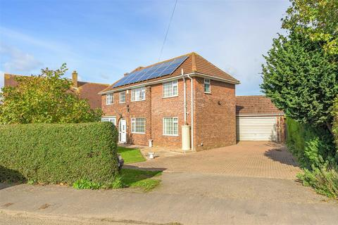 4 bedroom detached house for sale - Priory Road, Fishtoft, Boston