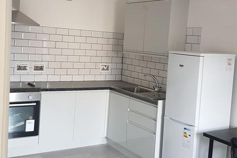 Studio to rent - Flat 7, 18 Albany Road, Coventry