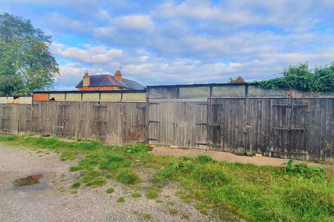 Garage to rent - St Marks Close, DE23