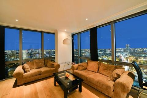 2 bedroom flat to rent - West India Quay, Hertsmere Road, London, E14
