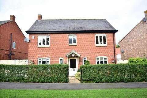 4 bedroom detached house for sale - Station Road, Great Coates, Grimsby, Lincolnshire, DN37
