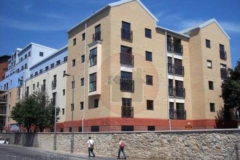 2 bedroom flat for sale - White Star Place, Southampton