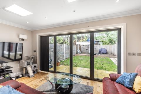1 bedroom flat for sale - Farley Road London SE6