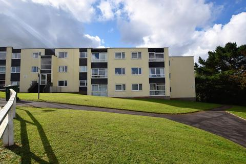2 bedroom flat for sale - Chichester House, Coates Road, EX2
