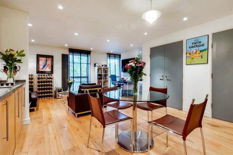 1 bedroom flat for sale - Bermondsey Square, London, SE1