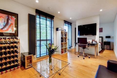 1 bedroom apartment for sale - Bermondsey Square, London, SE1