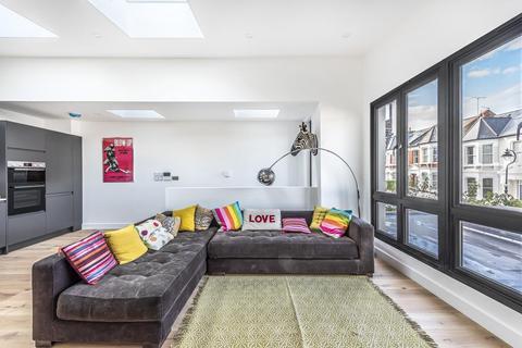2 bedroom detached house for sale - Dashwood Road, Crouch End