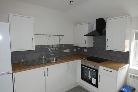 1 bedroom flat to rent - Brize Norton Road, Carterton, Oxon, OX18 3HN