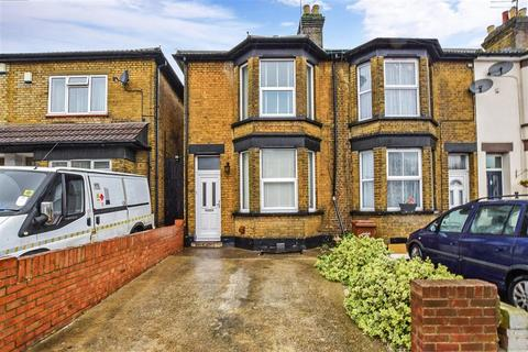 3 bedroom end of terrace house for sale - Napier Road, Gillingham, Kent