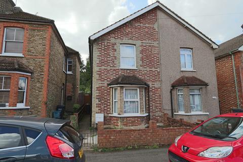 2 bedroom semi-detached house for sale - Little Roke Avenue, Kenley