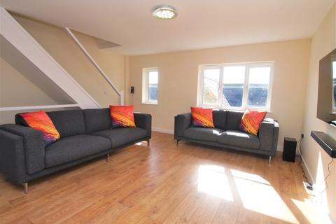 2 bedroom maisonette for sale - South Molton