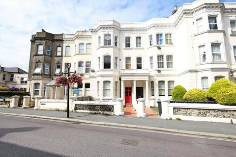 2 bedroom apartment - Rowlands Road, Worthing, West Sussex, BN11