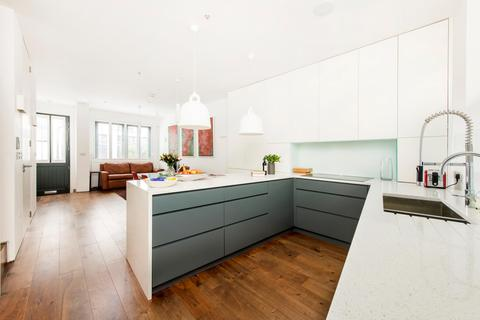 3 bedroom townhouse for sale - Lancaster Mews, Bayswater, London, W2