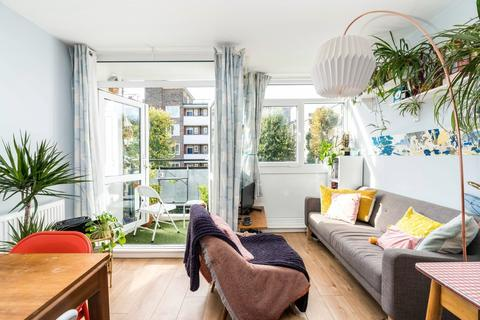 2 bedroom apartment for sale - Crawford Road, London
