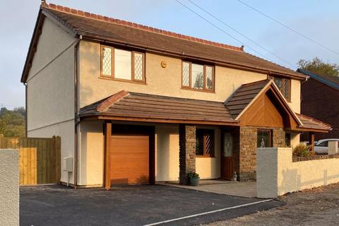 4 bedroom detached house for sale - Swn Y Nant, Vale View, Neath, SA11 5UN