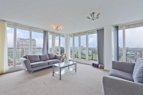 2 bedroom apartment for sale - Eastern Quay Apartments, London, E16