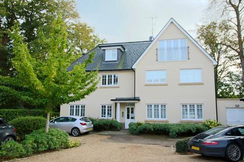 1 bedroom flat for sale - Orchard Lane, Hassocks, West Sussex. BN6 8QF.