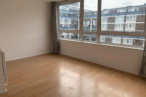 3 bedroom detached house to rent - Hedley House, Docklands, London, London, E14 3JE