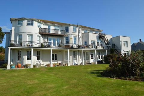 2 bedroom flat for sale - Belle Hill, Bexhill on Sea, East Sussex, TN40 2AR