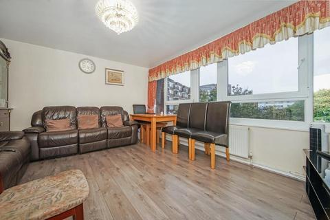 2 bedroom flat for sale - Baythorne Street, London E3