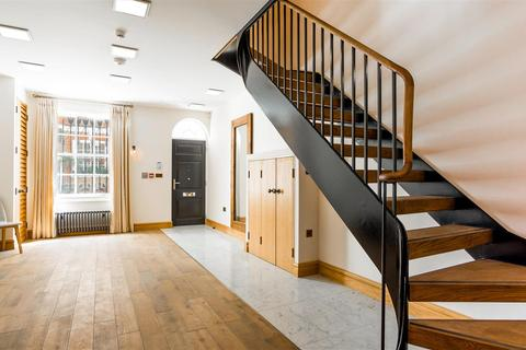 5 bedroom semi-detached house for sale - Romney Street, London