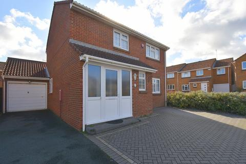 4 bedroom detached house for sale - Crundale Way, Cliftonville, Margate, CT9