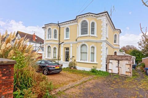 1 bedroom ground floor flat for sale - Belsize Road, Worthing