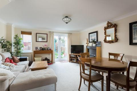 4 bedroom terraced house for sale - Conningham Avenue, Rawcliffe Grange, York