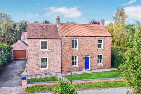 5 bedroom detached house for sale - Barrel Hill Road, Sutton-On-Trent, Newark