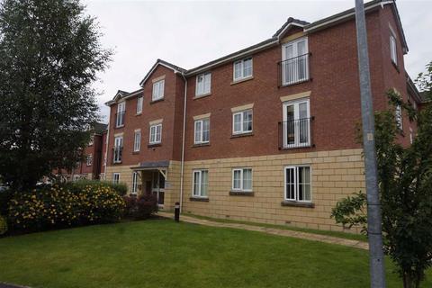 2 bedroom apartment to rent - Feversham Close, Ellesmere Park, M30