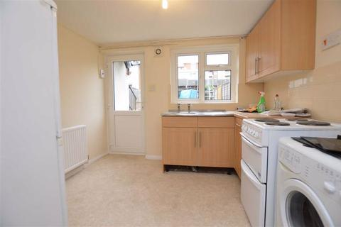 Studio to rent - Orts Road, Reading