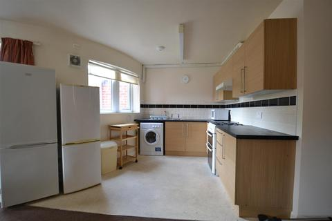4 bedroom flat to rent - Selly Oak, Birmingham, B29 7SA