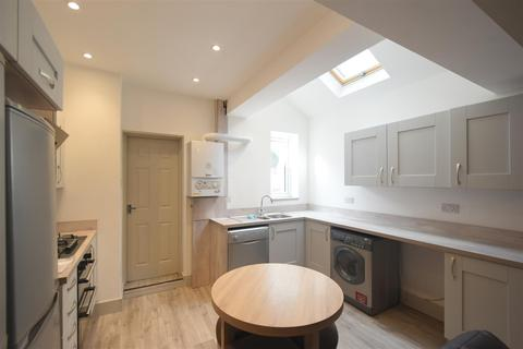 6 bedroom terraced house - Selly Oak, Birmingham, B29 6JG