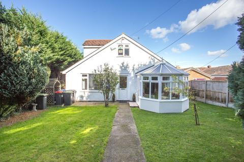 4 bedroom detached bungalow for sale - Ashford Road, Canterbury