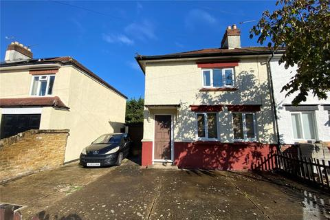 3 bedroom semi-detached house - Worple Avenue, Staines-upon-Thames, Surrey, TW18