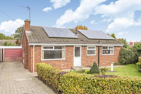 3 bedroom detached bungalow for sale - Chestnut Rise, Hemingbrough, Selby, YO8 6RF