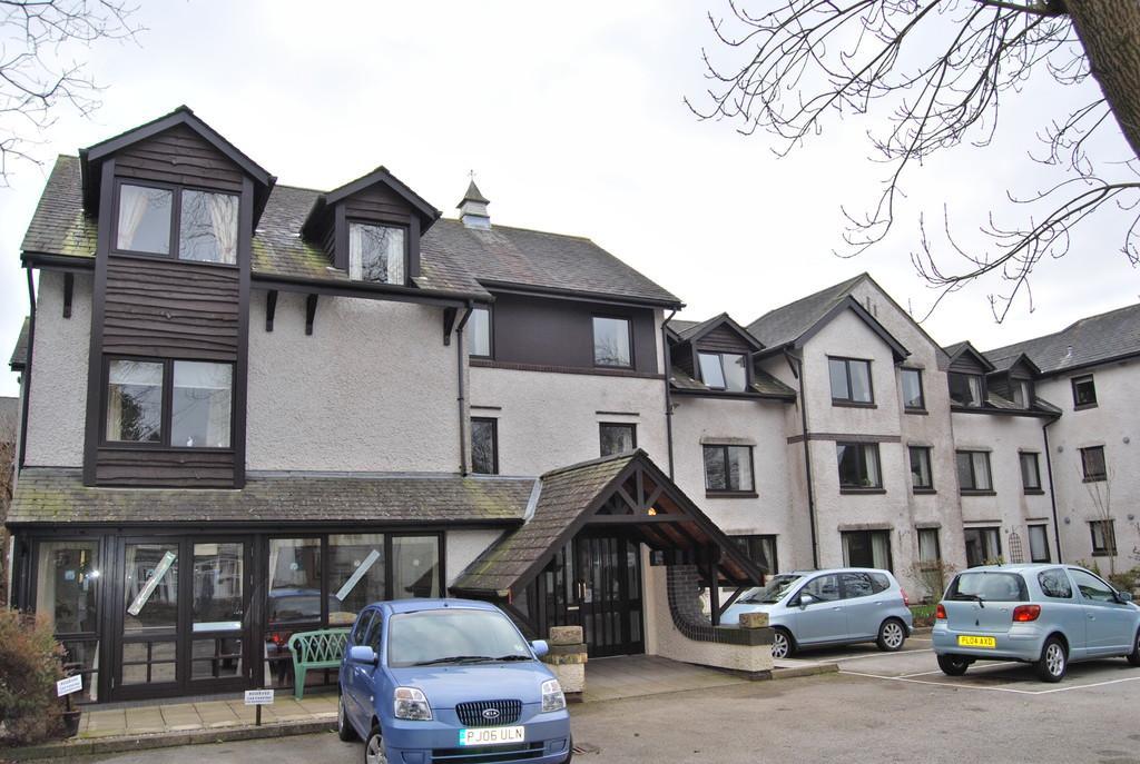 1 Bedroom Flat for sale in 25 Alexandra Court, Windermere, LA23 2PR